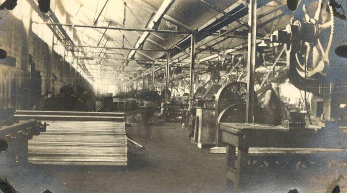 Nhà máy sản xuất sản phẩm với chất liệu nhôm mạ Oxidizer